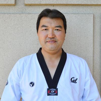 Dr Russell Ahn