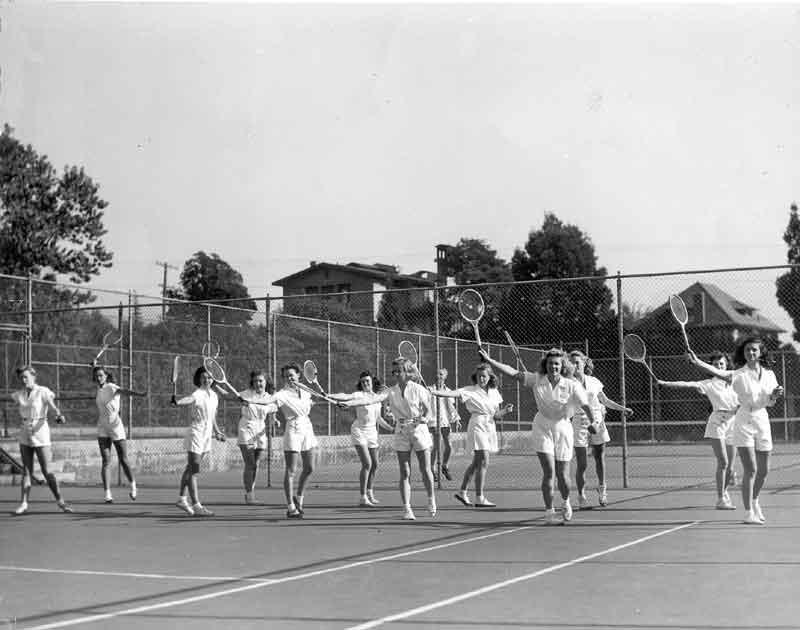 Women's Tennis Class 1940's